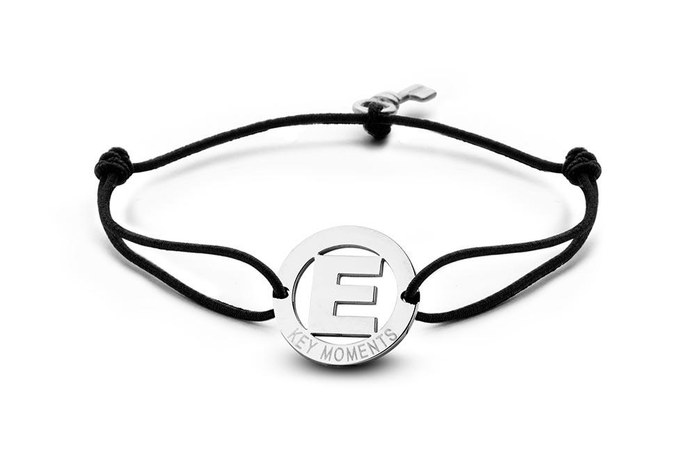 Key Moments 8KM-A00005 Armband met stalen letter E en sleutel one-size zilverkleurig
