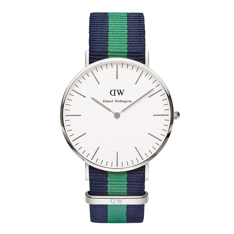 Daniel Wellington Horloge 'Classic Warwick' silver 40 mm DW00100019