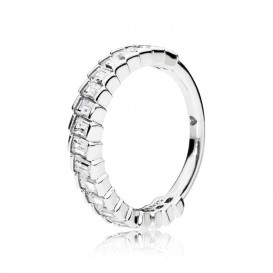 Pandora 197744CZ Ring Glacial Beauty zilver met zirconia Mt 56